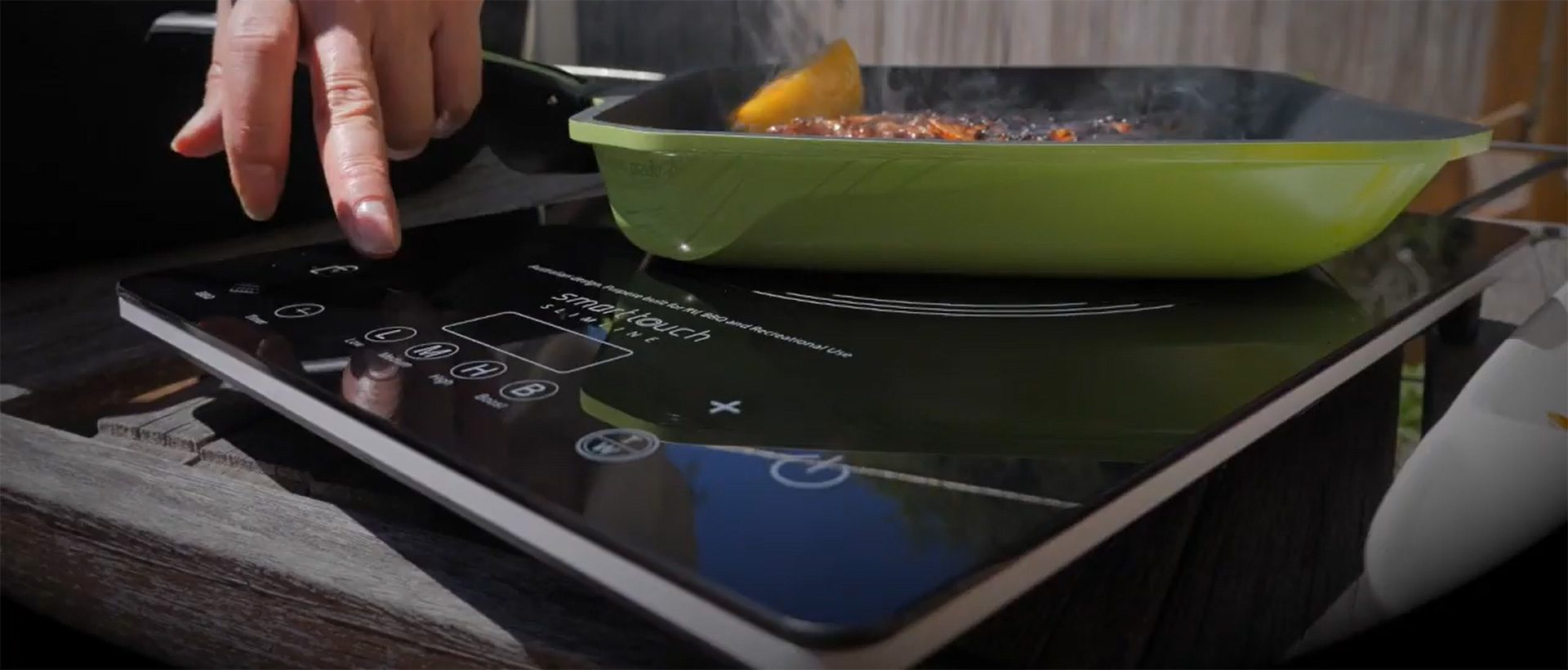 Ecoheat Smarttouch Induction cooktop